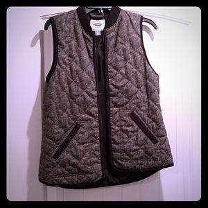 Herring bone printed vest